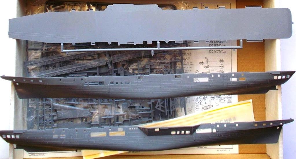 NAeL Minas Gerais base Arromanches/Colossus 1/400 Heller 1312