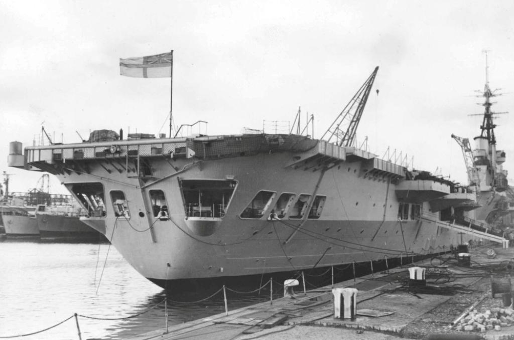 minas - Présentation porte-avions Minas Gerais  414