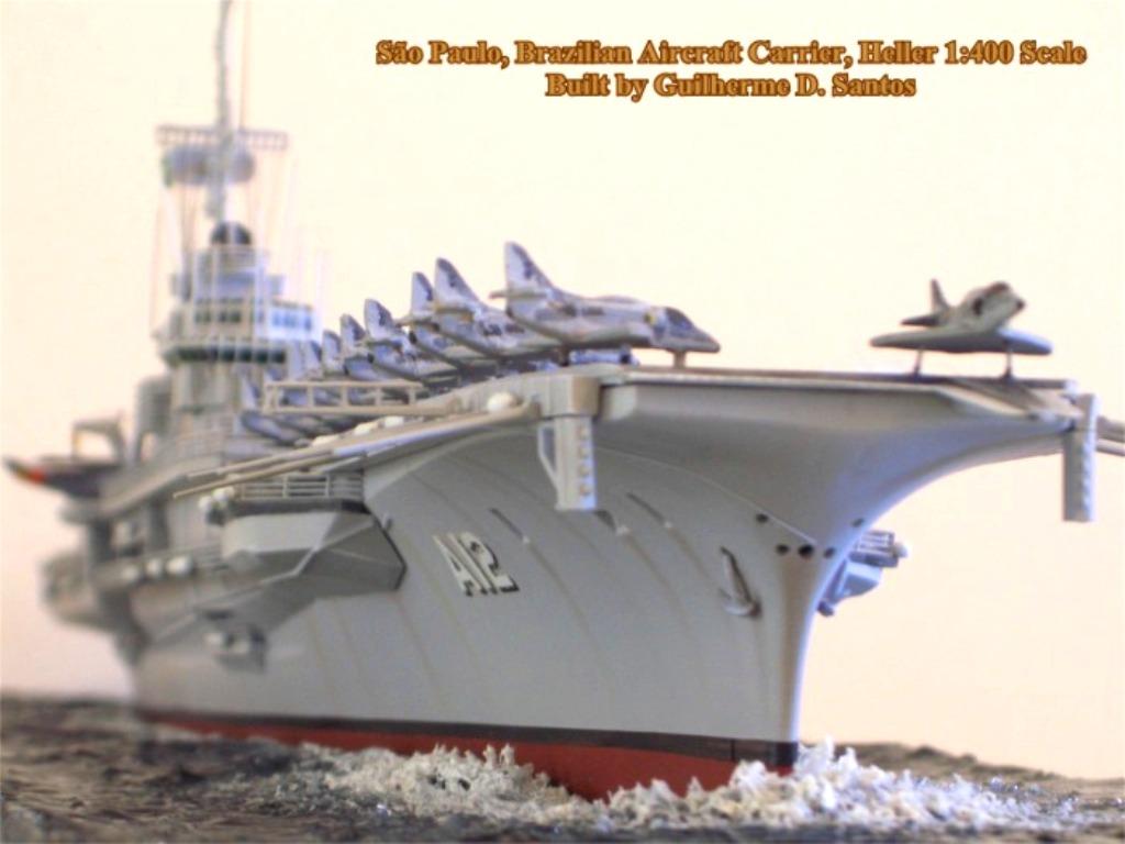 Porte avions SAO PAULO Heller 1/400 sur base Foch/Clemenceau + PE + scratch  - Page 3 54a11
