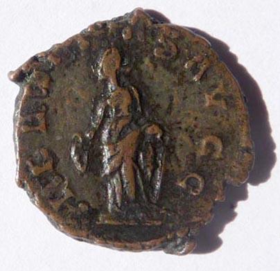 Une monnaie de Tétricus 1er Tetric13