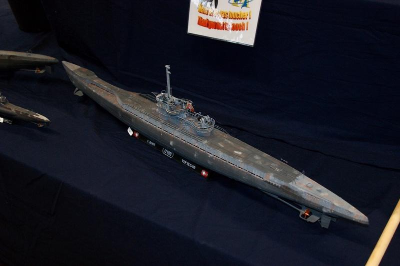 U-boot typ IX C/40 (U-190) Revell 1/72 - Page 2 Dsc00414