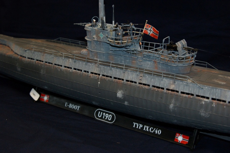 U-boot typ IX C/40 (U-190) Revell 1/72 - Page 4 Dsc00415
