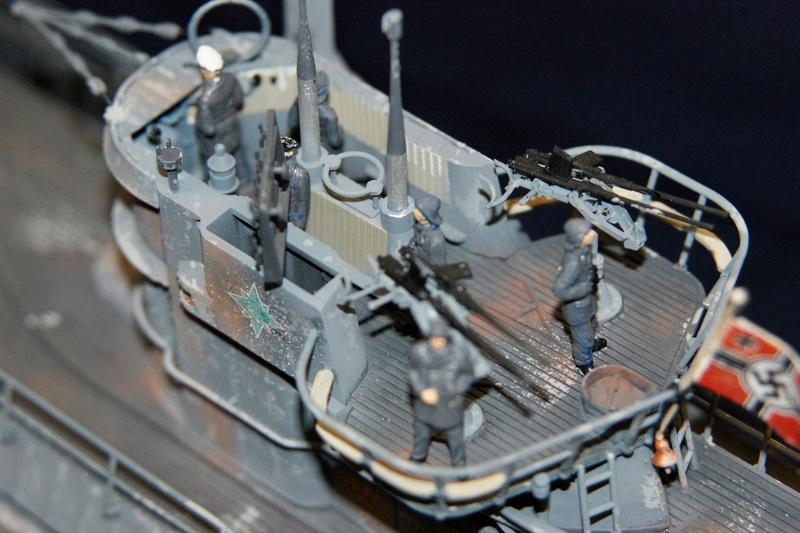 U-boot typ IX C/40 (U-190) Revell 1/72 - Page 2 Dsc00416