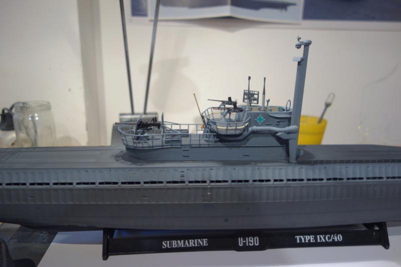 U-boot typ IX C/40 (U-190) Revell 1/72 - Page 4 Dsc04429