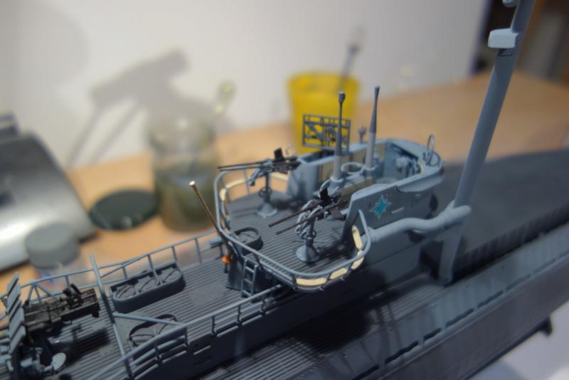 U-boot typ IX C/40 (U-190) Revell 1/72 - Page 4 Dsc04431