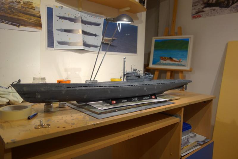 U-boot typ IX C/40 (U-190) Revell 1/72 - Page 2 Dsc04469