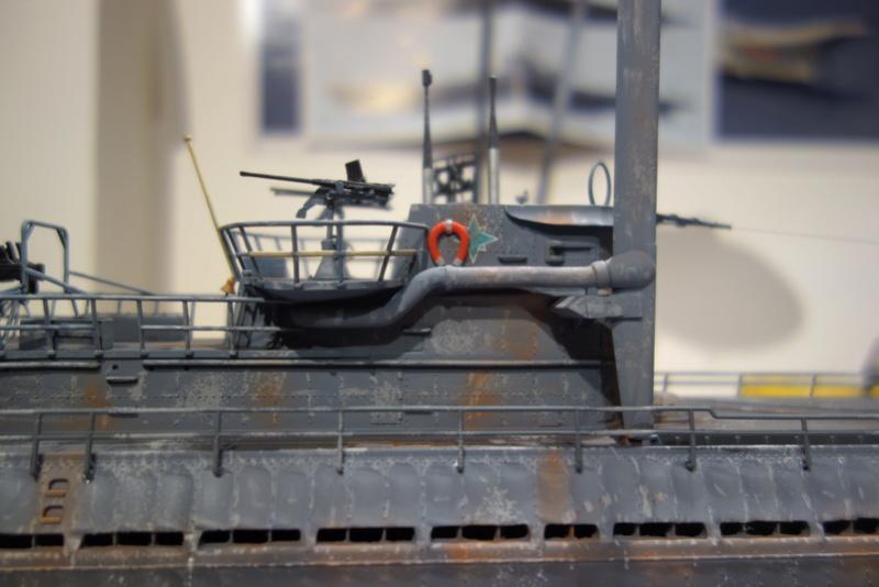 U-boot typ IX C/40 (U-190) Revell 1/72 - Page 4 Dsc04477