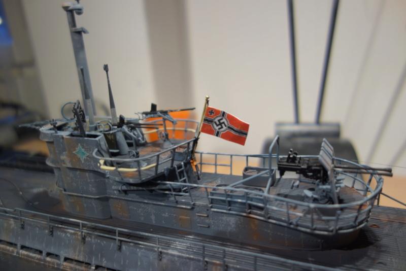 U-boot typ IX C/40 (U-190) Revell 1/72 - Page 2 Dsc04485