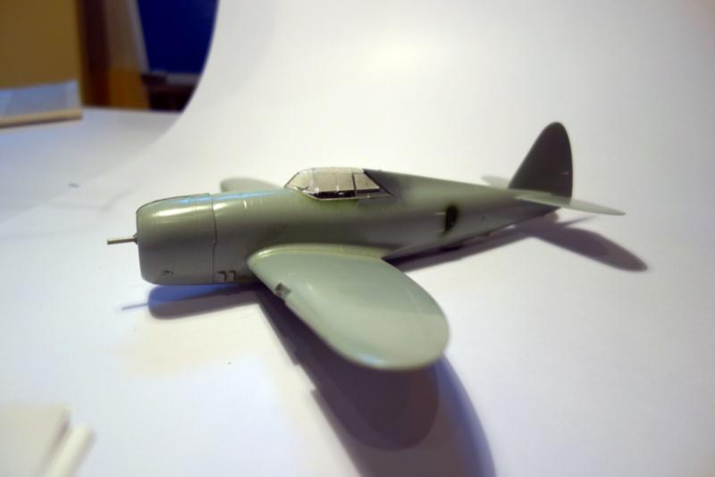 Republic P-47 D Thunderbol - 1/48 - Arii model Dsc04533