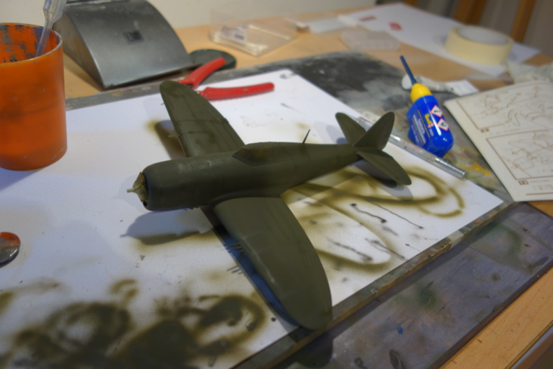 Republic P-47 D Thunderbol - 1/48 - Arii model Dsc04535