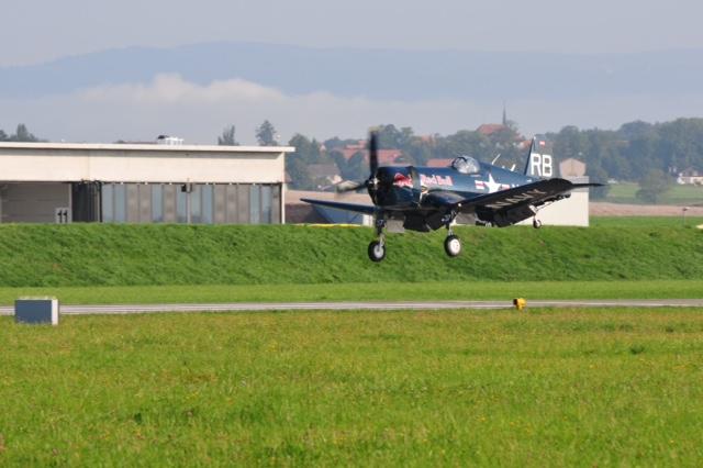 Chance Vought F4U-1 Corsair Birdcage Img_0410