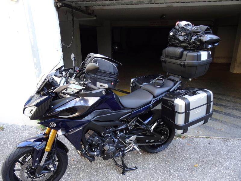 MT09 tracer Gendarmerie Dsc01010