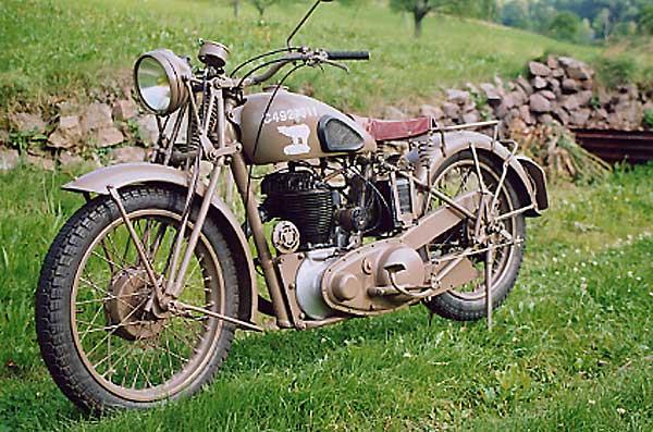 Les vélos militaires suisses - Page 2 M20-yv10