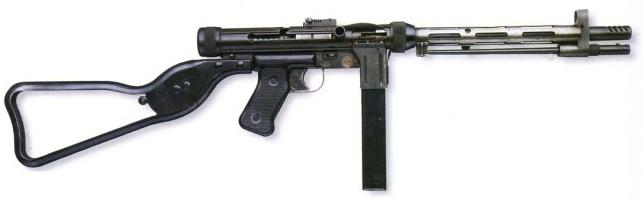 Pistolet mitrailleur PM Rexim Favor : un fiasco ? Reximf10
