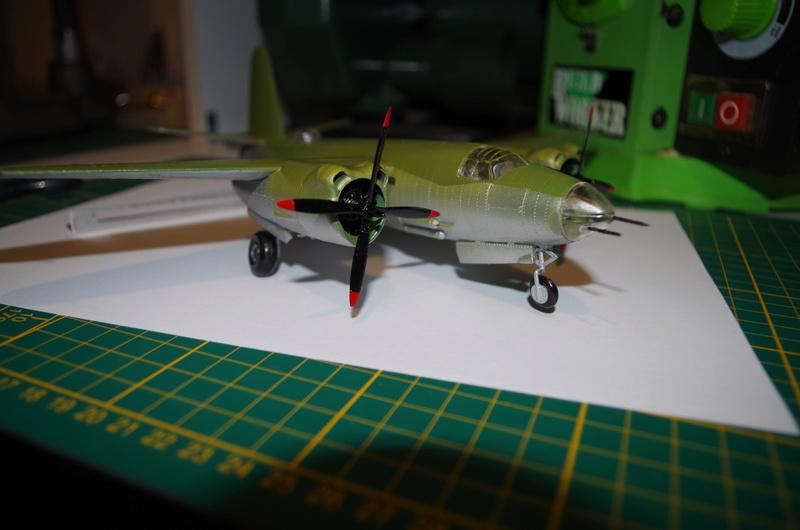 Martin B-26 Marauder - Revell - 1/72 - Page 2 Imgp1615
