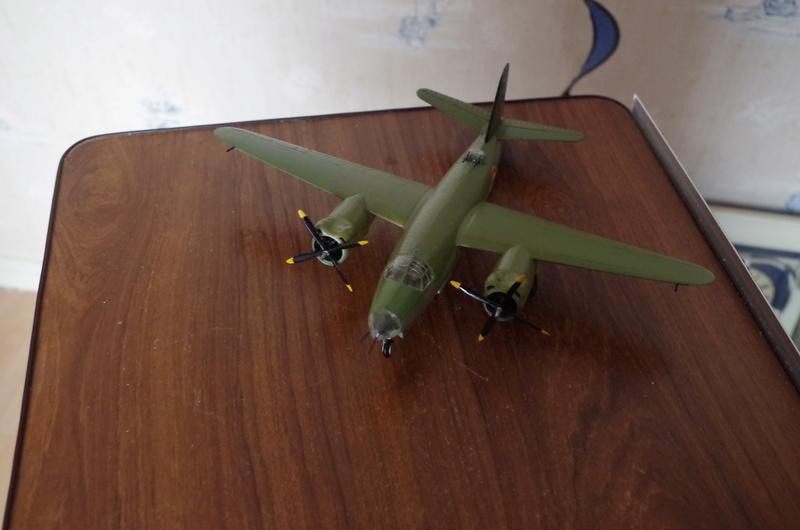 Martin B-26 Marauder - Revell - 1/72 - Page 2 Imgp1620