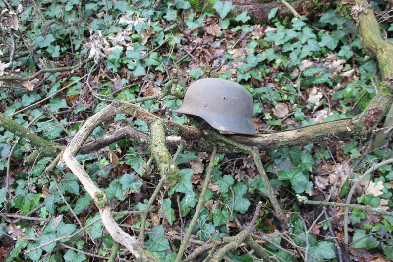 mes casques allemand(photos dans les bois 30/01/2018) - Page 2 Img_7657