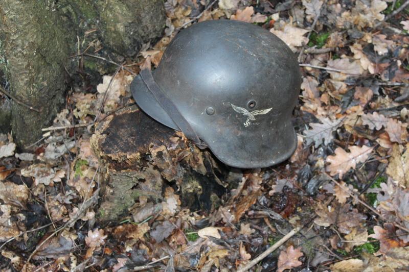 mes casques allemand(photos dans les bois 30/01/2018) - Page 2 Img_7658