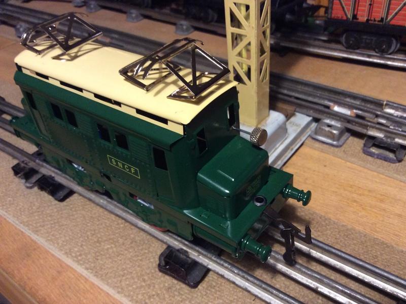Motorisation locomotive hachette  Cd46c110