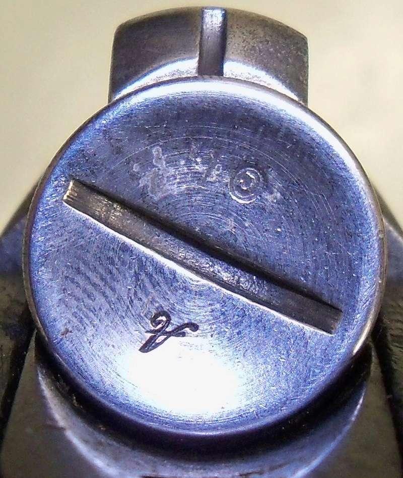 Curieux marquage sur un manchon de BERTHIER 100_8512