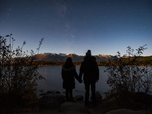 Besoin d'aide pour retoucher cette photo de nuit : workflow ? P1260111