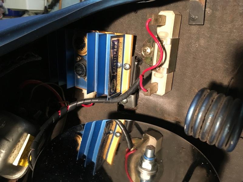 Karmann Ghia 1973 Alaska blue metallic !!! - Page 10 D0bde410