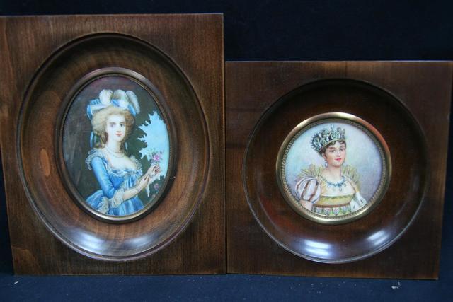 A vendre: miniatures de Marie Antoinette et de ses proches - Page 13 13470710