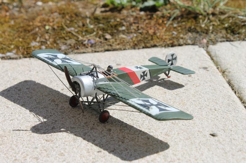 FOKKER E.III - revell 1/72 - dernier montage Img_2619