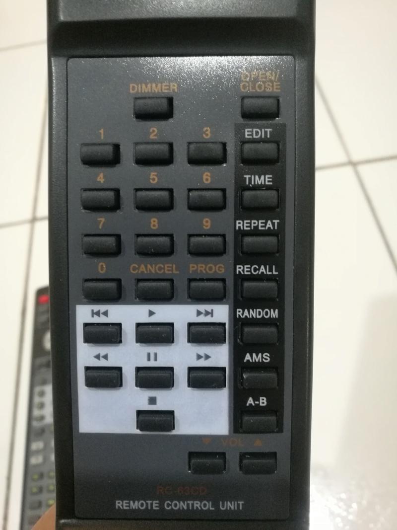 Marantz Remote Control : RC5300SR & CD63 & CD94 remote Img_2051