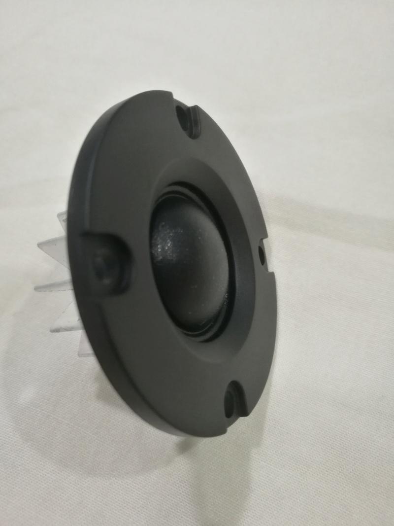 Hi-fi grade : MK Audio 20mm soft dome tweeter - SOLD Img_2054