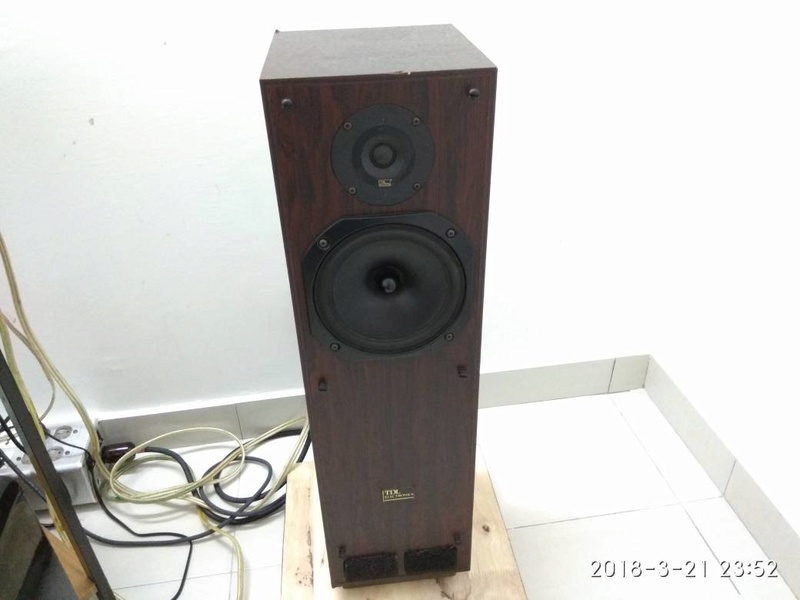 Used TDL RTL 2  - Transmission Line Tower speaker Whatsa10