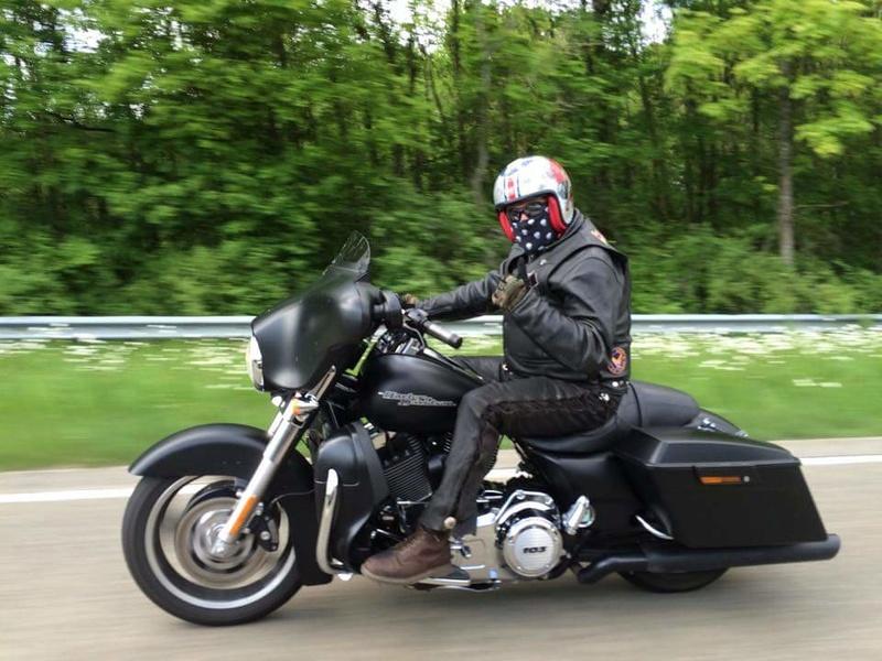 combien de STREET GLIDE  sur le forum Passion-Harley - Page 13 13174010