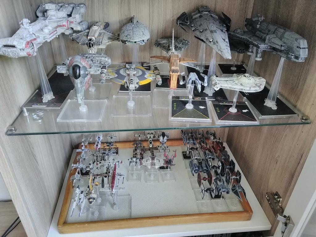 [Biete] Komplettauflösung Rebellen,Imperium,Scum Spielmatten Img_2012