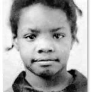 Maya Angelou Images11