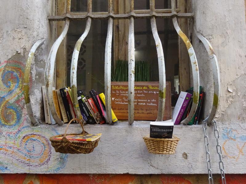 Boîtes à livres et compagnie Marsei15
