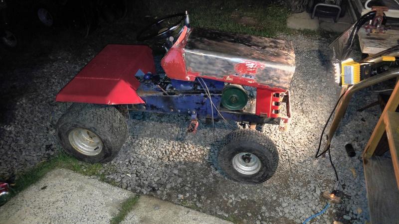 Massey MF7 trail tractor 20171022