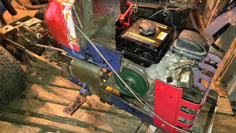 Massey MF7 trail tractor 20171024