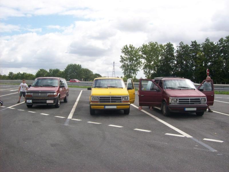 Postez vos clichés de votre/vos minivans en sortie meeting 102_3211