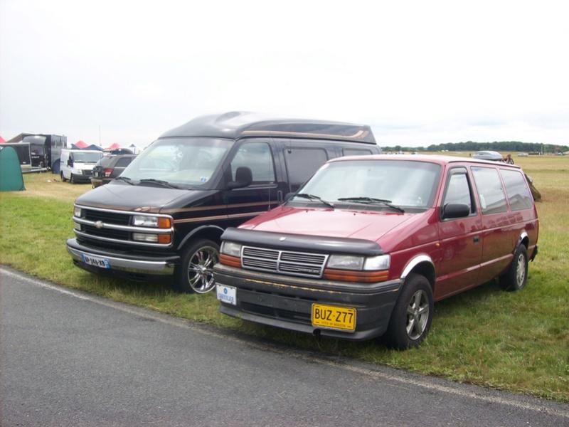 Postez vos clichés de votre/vos minivans en sortie meeting 102_3412