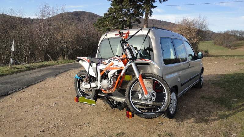 Transport mini moto avec Chrysler Voyager Dsc06310