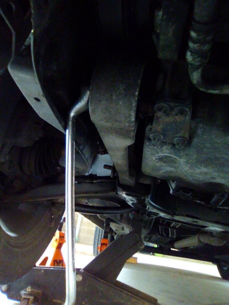 Remplacement support moteur avant sur PT 2.2 crd Img_2304