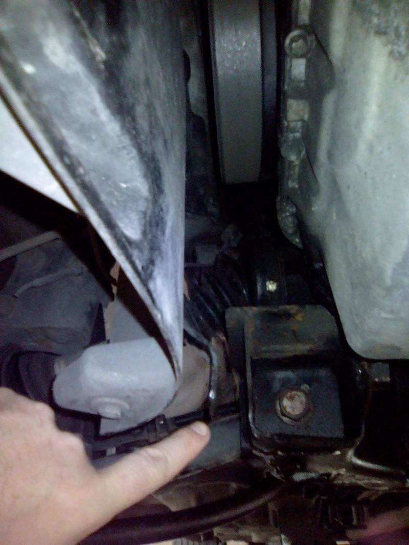 Remplacement support moteur avant sur PT 2.2 crd Img_2308