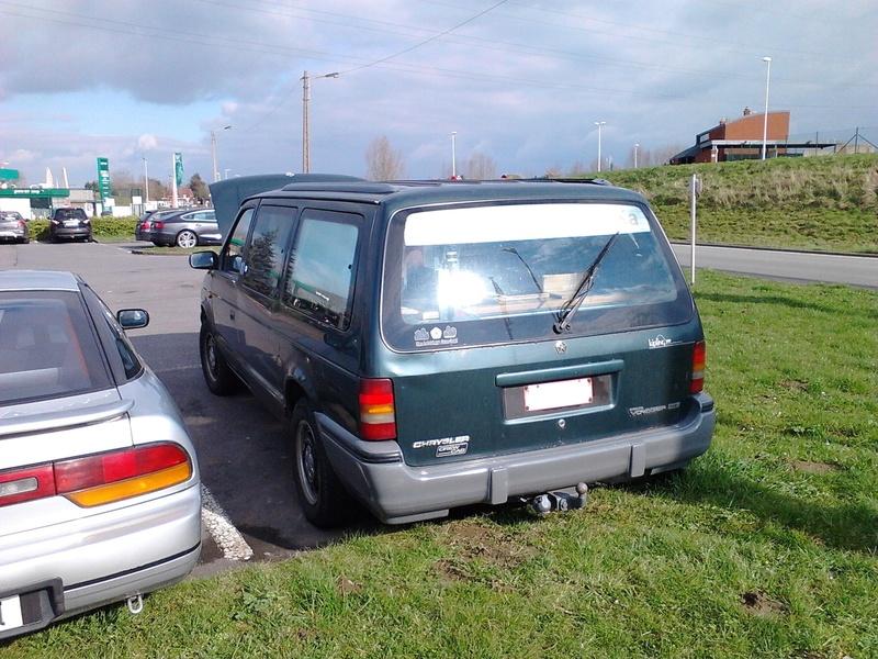 Postez vos clichés de votre/vos minivans en sortie meeting - Page 3 Img_2410