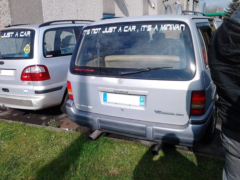 Postez vos clichés de votre/vos minivans en sortie meeting - Page 3 Img_2412