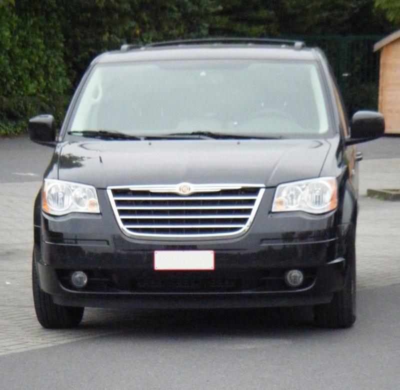 Postez vos clichés de votre/vos minivans en sortie meeting - Page 3 S51010