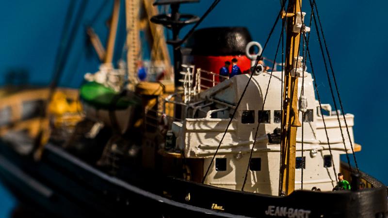 Le Jean Bart et son équipage sous pavillon de la SRSN 002_2010