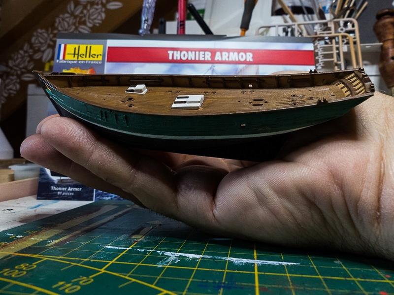 Dio : Thonier Armor en pêche au thon (Heller 1/125°) par Babadu68 0210
