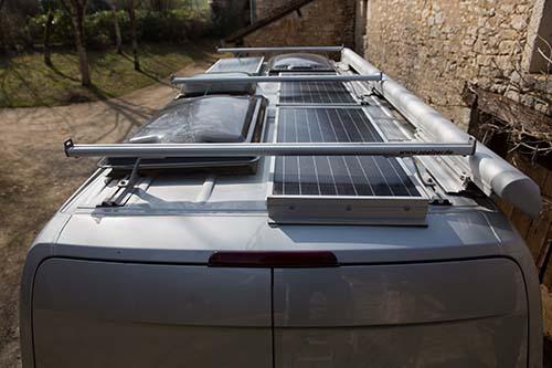 """Présentation de """"Jumbo"""" Independent Mercedes Sprinter 4x4 - Préparation et voyages Equipe10"""