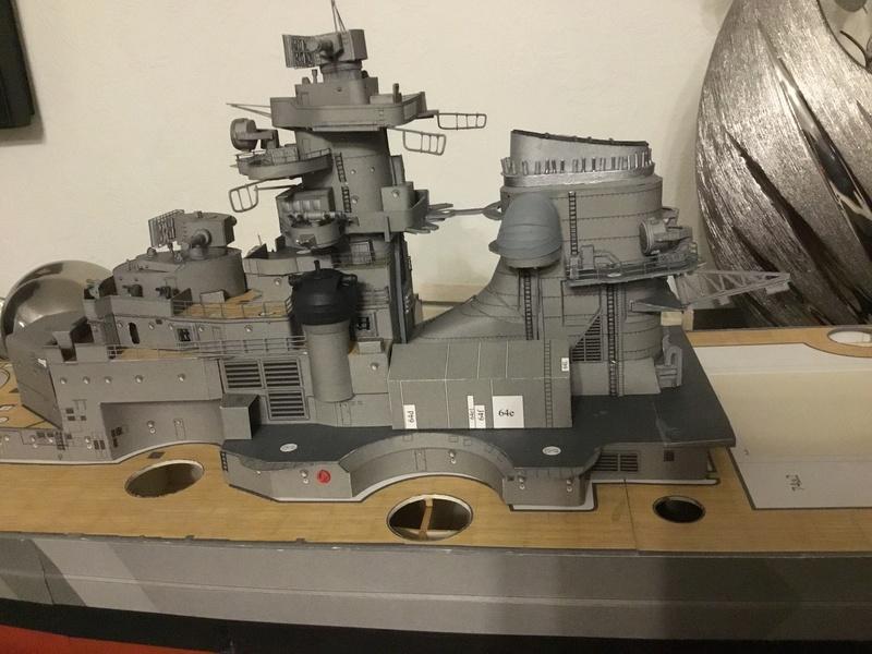 DKM Bismarck, 1 : 200 von Halinski, gebaut von gez10x11 - Seite 2 Img_1262