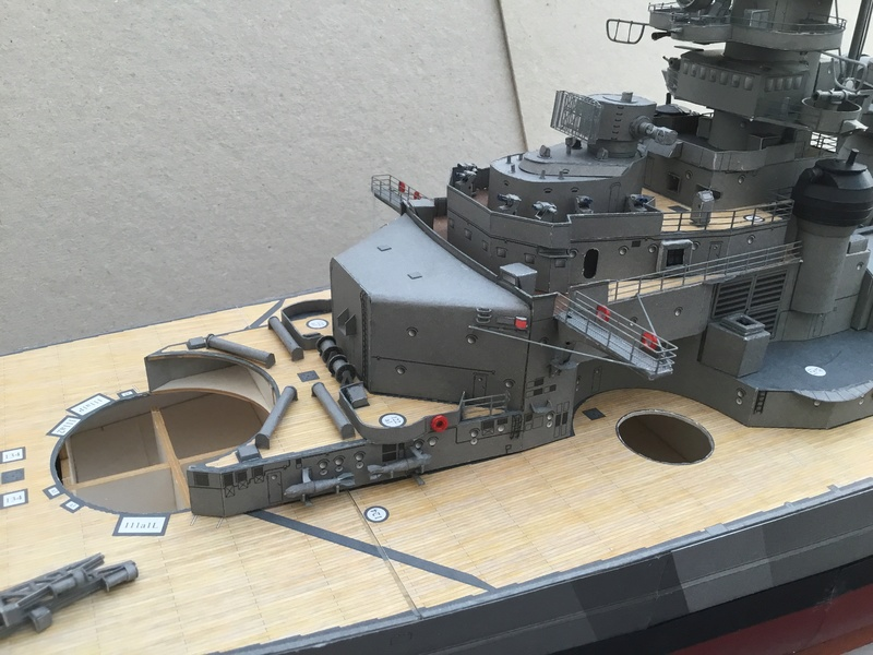 DKM Bismarck, 1 : 200 von Halinski, gebaut von gez10x11 - Seite 2 Img_1263